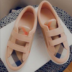 Burberry kids sneakers